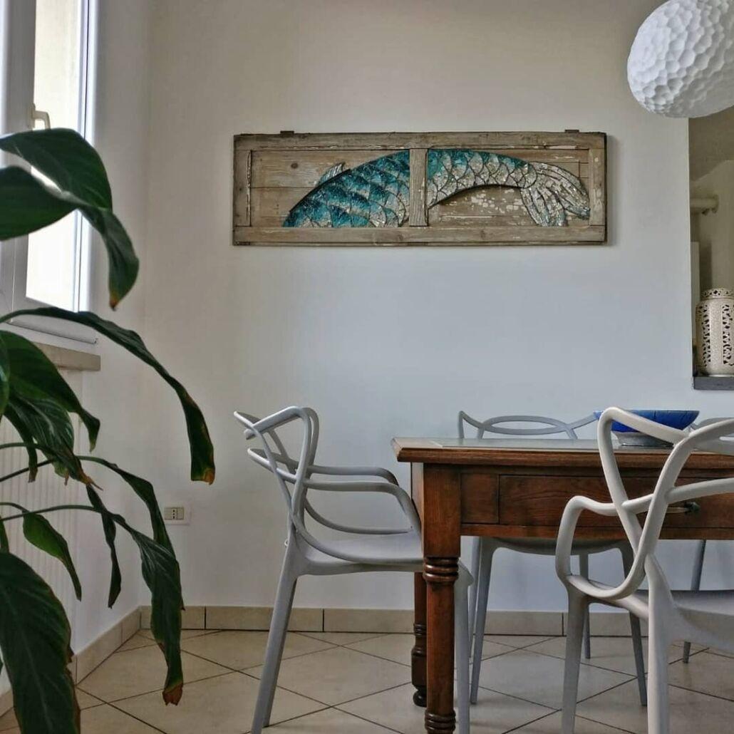 Rossella Casadio coda pesce mosaico artistico moderno decorazione parete immagini mosaico