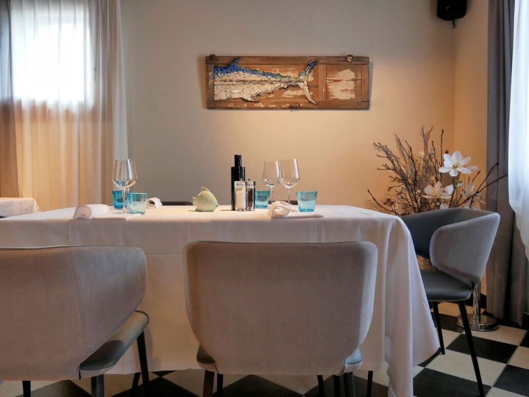 Rossella Casadio tonno pesce mosaico artistico moderno decorazione parete immagini mosaico