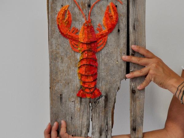 19-2021 Rossella Casadio Aragosta arancione con artista proporzioni